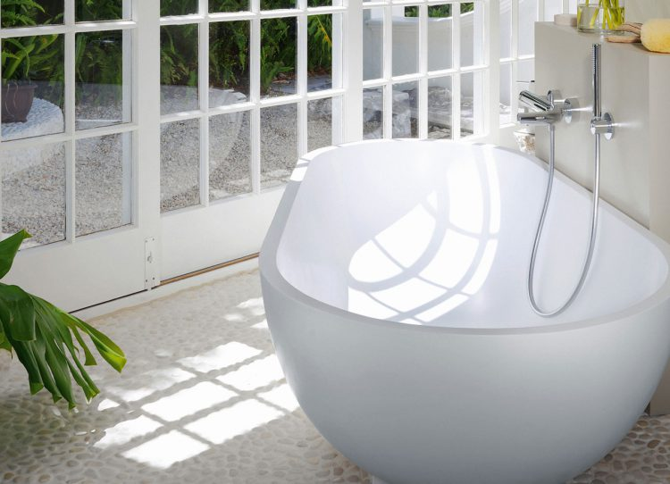 im bad herrscht steinzeit gutesbad zeigt viele einrichtungsbeispiele. Black Bedroom Furniture Sets. Home Design Ideas