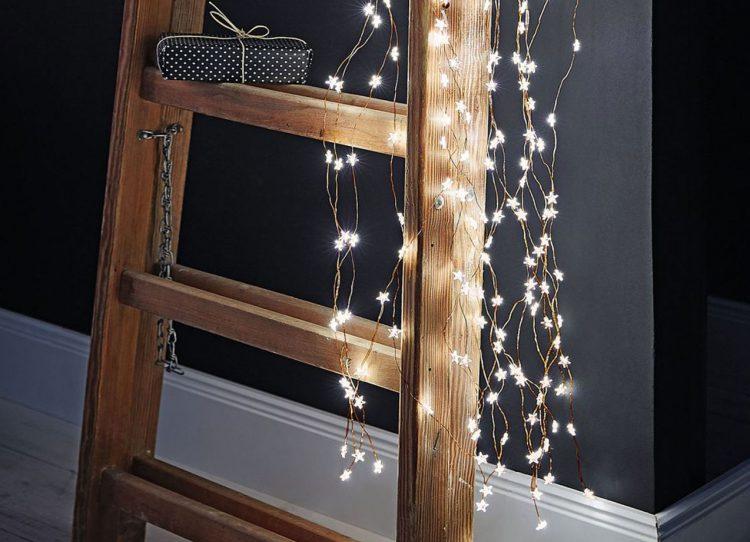 Lichterketten gegen Novembergrau
