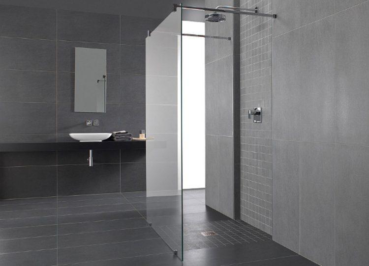 wenn sich grenzen im bad aufl sen bodengleiche duschen sind f r weite im bad nahezu. Black Bedroom Furniture Sets. Home Design Ideas